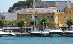 Last Minute Menorca Mahon Hafen
