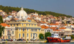 Lesbos Urlaub Stadt
